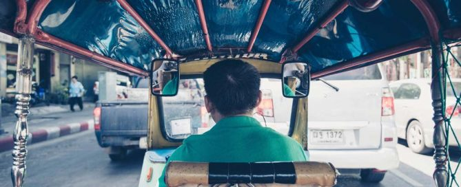 How to travel in Thailand without getting scammed